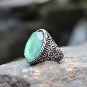 [5/$25] Silver Jade Green Stone Scroll Design Ring